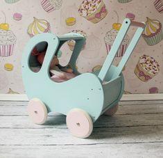 Wózek dla lalek miętowy - Turkusowa Pracownia