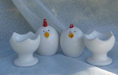Egg Shaped Chicken Salt and Pepper Shakers in Egg Cup Shaped Holders
