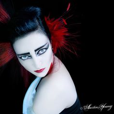 Siouxsie Sioux portrait by Austin Young; Both inspiring.