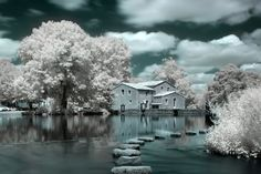 30 Breathtaking Infrared Photos