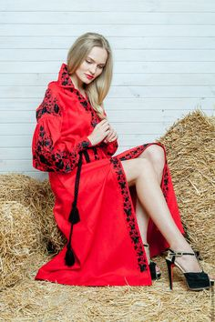 """http://www.livemaster.ru/olgasu Вышитое платье """"Философия красного"""" ручная вышивка гладью."""