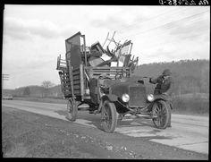 Tenant farmer moving his household goods to a new farm. Hamilton County, Tennessee Photographer: Arthur Rothstein 1937