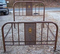 8581f74ab18 Antique Metal Designed Bedframe On Wheels in Antiques