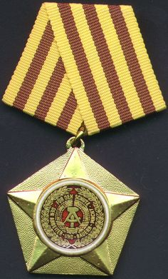 DDR - Order of Merit for Service to the People and Fatherland, 1st Class