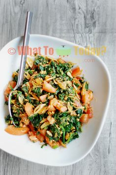 Tomato and Spinach Salad. Never boring again :)