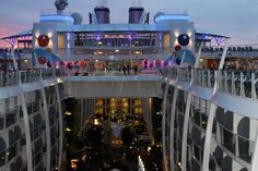 Did you know that inside cabins can face really outside? That is they face into Central Park or the Promenade instead of a blank wall. Royal Caribbean Oasis of the Seas and Allure of the Seas have this unique layout. FunIncentives.com took all these pictures during the inspection of both ships for potential meetings and events.