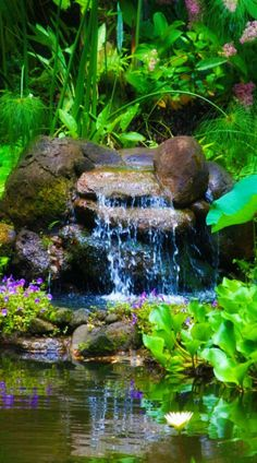 Small Waterfall Pond Landscaping For Backyard Decor Ideas 91 - DecOMG Waterfall Design, Garden Waterfall, Small Waterfall, Backyard Water Feature, Ponds Backyard, Backyard Waterfalls, Garden Ponds, Backyard Ideas, Koi Ponds