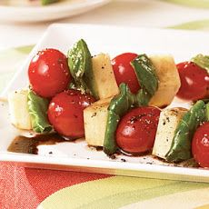 Caprese Skewers IV Recipe... Another excellent 4th of July treat...sure hope I have fresh garden tomato's by then!