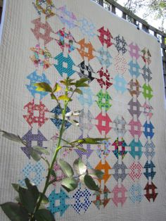 Learn how to make a modern mini double monkey wrench block from 3 and 3 Quarters. Quilting Board, Longarm Quilting, Machine Quilting, Scrappy Quilts, Mini Quilts, Quilting Tutorials, Quilting Designs, Quilting Ideas, Churn Dash Quilt