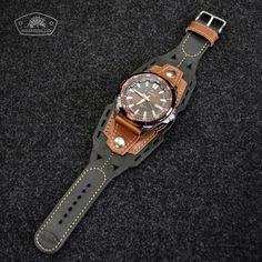 Artículo Leather Bracers, Leather Cuffs, Leather Purses, Leather Men, Leather Handbags, Leather Wallet, Leather Stamps, Mens Watches Leather, Bracelet Cuir