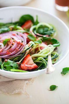 Vegan Spiralized Cucumber Salad with Chia Strawberry Vinaigrette | Foodfaithfitness.com |