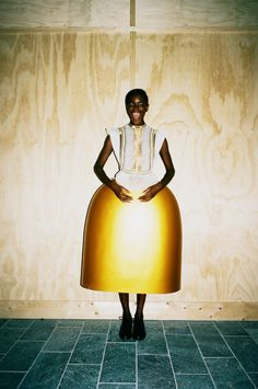 Serena Gili Archives - Fashion Editor at Large Fashion Editor, Fashion Shoot, Fashion Art, New Fashion, High Fashion, Xavier Veilhan, Weird Fashion, Costume Institute, Fashion Project