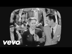 Sia - Cheap Thrills (Lyric Video) ft. Sean Paul - YouTube https://www.youtube.com/watch?v=nYh-n7EOtMA