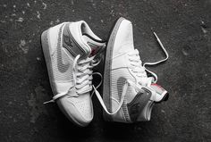 "Air Jordan 1 Retro '89 ""Cement Grey"""