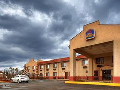 Yazoo City (MS) Best Western Gateway Inn United States, North America Best Western Gateway Inn is a popular choice amongst travelers in Yazoo City (MS), whether exploring or just passing through. The hotel offers a wide range of amenities and perks to ensure you have a great time. Service-minded staff will welcome and guide you at the Best Western Gateway Inn. Designed for comfort, selected guestrooms offer television LCD/plasma screen, whirlpool bathtub, non smoking rooms, ai...