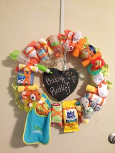 My Sisteru0027s Baby Shower: Wreath. Used It As A Memory Game (who Can