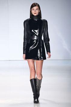 Gloria Coelho Inveno 2015 https://www.saibala.com.br/a-carreira-do-estilista-como-dar-os-primeiros-passos---17