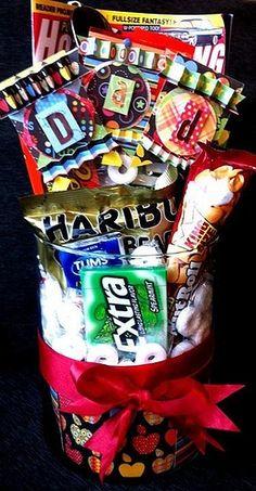 DIY....Candy Bouquet,,,,,,CUTE  GIFT  IDEA!!
