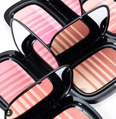 Marc Jacobs Air Blush Soft Glow Duo for Summer 2016 - Beauty Trends and Latest Makeup Collections Makeup Trends, Beauty Trends, Makeup Ideas, Kiss Makeup, Beauty Makeup, Face Makeup, Marc Jacobs Blush, Makeup Package, Beauty Packaging
