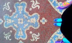 The mosaics of the Museum of the Hungarian Arts and Crafts fit good to me:)/ Jól áll nekem az Iparművészeti Múzeum mozaikja:) Mosaics, Arts And Crafts, Museum, Portraits, Kids Rugs, Quilts, Blanket, Fit, Home Decor