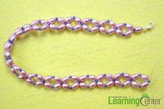Make the basic pattern A for the large pearl choker necklace