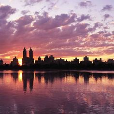 From July 4th: before the fireworks filled the skies, we had another very colorful sunset, reflected in the peaceful waters of the Central Park reservoir. . Detail, 2 of 3, see profile for full image. . #sunset #centralpark #triptych #jacquelinekennedyonassisreservoir #reservoir #reflections #naturalbeauty #fireinthesky #manhattan #newyork #newyorkcity #nyc #petersealystudio #newyorkartist Natural Beauty from BEAUT.E