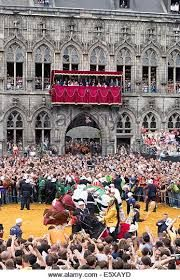 Saint George Dragon Fight in front of the historic Town Hall in Mons, photo: robert b. fishman