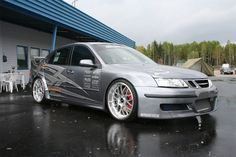 Project manager Per-Anders (P-A) Johansson from SpeedParts stands behind the creations brilliant Saab 9-3 X4R with 802 hp/775 Nm (from some sources – latest dyno results are 950hp and 950nm). It is simply incredible number of modifications that (P-A) Johansson has done on this car, and a whole list of modifications can be found on […] http://www.saabplanet.com/saab-9-3-x4r-with-802-hp775-nm/