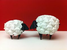 Sheep by Beth's Origami, via Flickr  Beth Johnson