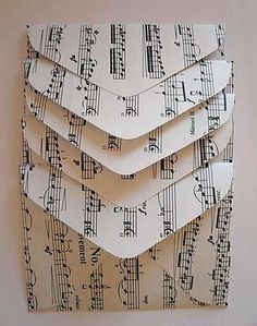 Use old sheet music for card envelopes, cards and gift wrap. Crafts to make with old sheet music and paper, upcycled book crafts. Sheet Music Crafts, Old Sheet Music, Music Paper, Paper Art, Music Sheets, Sheet Music Decor, Envelope Diy, Envelope Pattern, Envelope Tutorial
