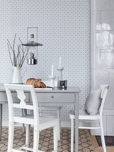 Scandinavian design wallpaper Josefina from collection Jubileum by Borastapeter and Eco Wallpaper Swedish Wallpaper, Scandinavian Wallpaper, Interior Wallpaper, Kitchen Wallpaper, Scandinavian Interior Design, Home Wallpaper, Scandinavian Home, Wallpaper Samples, Dining Room Inspiration