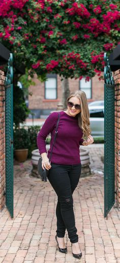 Casual Holiday Outfit + Cute Stocking Stuffer Ideas  04eb94a1fbd6f