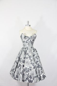 1950's Strapless Floral Print Circle Skirt Dress