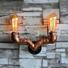 Do you think I should buy it? Copper Wall Light, Vintage Wall Lights, Aged Copper, Iron Pipe, Pipe Lamp, Craft Night, Water Pipes, Lamp Design, Wall Sconces