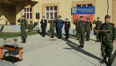 """COMPETIŢIA """"SUBOFIŢERUL/SOLDATUL ANULUI"""" - FINALA PE  FORŢELE TERESTRE ROMÂNE - EDIŢIA 2013 ♦ Etapa finală a competiţiei """"Subofiţerul/soldatul anului"""" –  ediţia 2013 s-a desfăşurat în perioada 4-8 noiembrie, în garnizoana Focşani, gazde fiind Brigada 282 Infanterie Mecanizată """"Unirea Principatelor"""" şi Brigada 8 LAROM """"Alexandru Ioan Cuza""""."""