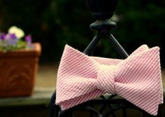 Pink Seersucker Bow Tie by SouthernBeaus on Etsy, $38.00