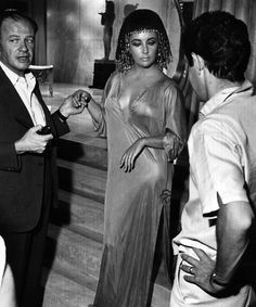Elizabeth Taylor on the set of Cleopatra, with director Joseph L. Mankiewicz and husband Eddie Fisher