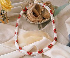 Handmade by Criss: Colier alb cu flori Handmade, Hand Made, Handarbeit