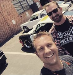 Had a visit from @rockabilly_jay today to the workshop. Great to see you! #porsche #porschefriends Dust #notdandruff on my shirt  by rodemory