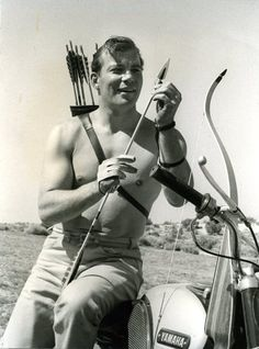 I discovered today that William Shatner was one of the early members of Fred Bear's archery club.  *brain explodes*  How did I not know this after years of being both an archer and a Trekkie?