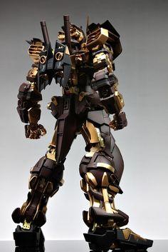 Check out the latest Gunpla Gundam News here. Astray Red Frame, Armored Core, Robot Art, Robots, Gundam Astray, Super Robot, Gundam Model, Samurai, Louis Vuitton