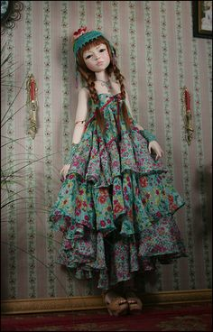 Doll making blog. http://dalezentner.wordpress.com/2011/02/12/all-dressed/