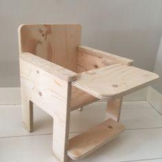 Kinderstoeltje underlayment houten kinderstoeltje #kinderstoel #babykamer #underlayment #huisengrietje
