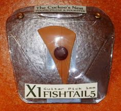 Blister X1 FISHTAIL5 El Nido Del CUCO 'Púa de Guitarra' The Cuckoo's Nest - Guitar Pick By eXiMienTa