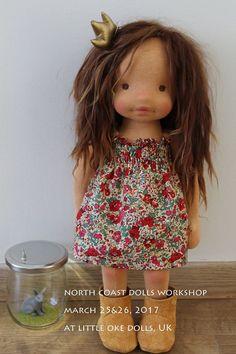 clothes for waldorf style dolls Pretty Dolls, Beautiful Dolls, Fabric Dolls, Rag Dolls, Cute Baby Dolls, African American Dolls, Waldorf Dolls, Soft Dolls, Diy Doll