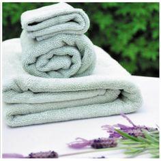 Handdoeken in 3 maten en verschillende kleuren