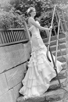 German #DemetriosBride Julia looked lovely on her wedding day! #realbride #realwedding