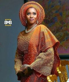 here are some fabulous Aso-Oke looks for the bride who wants to make a wow statement on her wedding day! New designs are popping out each and every day… African Wear, African Attire, African Fashion Dresses, African Dress, African Style, African Clothes, African Women, Ethnic Clothes, Nigerian Bride