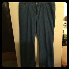 "Christopher & Banks Jeans Nice looking jeans, stretch, 29"" inseam, great condition. Christopher & Banks Jeans Flare & Wide Leg"