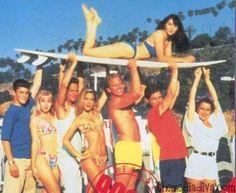 The Gang At Beach Beverly Hills 90210 Hils Jason Priestley Jennie